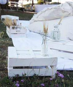 Crates painted white = summer delight