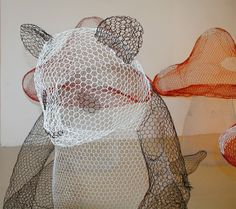Panda Wire Sculpture http://www.thecoolhunter.net/article/detail/2287/artist-and-sculptor-benedetta-mori-ubaldini