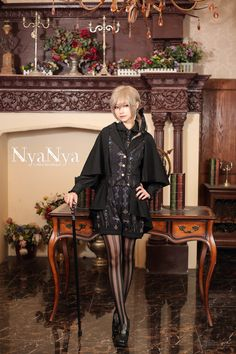 【定金】+NyaNya+玛丽咪和居里喵+Lolita基佬斗篷马甲短裤大全套-淘宝网