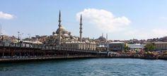 Eminönü Yeni Camii veya Valide Sultan Camii
