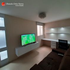 Diseñamos espacios modernos para tu hogar 👌 Cali, Colombia 🇨🇴   ⠀⠀⠀⠀⠀⠀⠀⠀⠀⠀⠀⠀ #escritorio #escritorios #escritoriosbonitos #escritoriosmodernos #escritoriosdemadera #repisas #muebletv #centrodeentretenimiento #mueblesdetv #centrosdeentretenimiento #muebledetv Cali Colombia, Flat Screen, Entertainment Centers, Modern Furniture, Home Furniture, Shelving Brackets, Desks, Studios, Cook