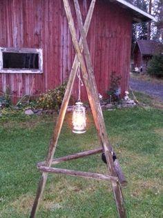 Heinäseiväs Outdoor Projects, Wood Projects, Diy Cans, Garden Makeover, Potting Sheds, Outdoor Gardens, Fall Decor, Lanterns, Garden Design