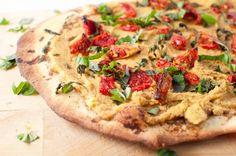 Hummus Pizza #vegan #vegetarian #vegetables #food #pizza