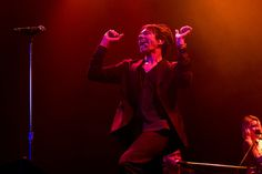 tylertello:  Nate Ruess on Flickr.   Very magnificent!