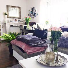 Anni (@fashionhippieloves) • Instagram-foto's en -video's Home Living, Living Spaces, Living Room, Bohemian House, Interior Decorating, Interior Design, Scandinavian Home, Decoration, My Dream Home