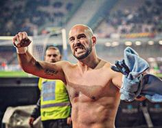 A Madrid con la stessa grinta!  #championsleague #forzanapolisempre #realmadrid #realmadridnapoli #sscnapoli #RealNapoli