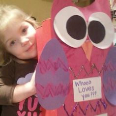 Valentines day box. Bella would enjoy making this with me. We'll wrap daddys gift with it. <3