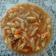 Receita de Sopa de carne moída e legumes. Enviada por Rebeca  Reis e demora apenas 60 minutos.