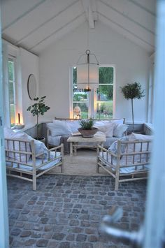 Rottingmöbler :) Outdoor Spaces, Outdoor Living, Outdoor Decor, Beach Cottage Style, Home Fashion, My Dream Home, Beautiful Homes, Outdoor Furniture Sets, Home And Garden