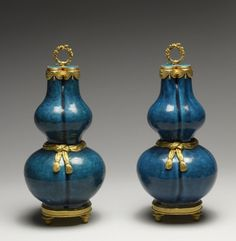 Pair of Gourd-Shaped Vases - Chinese (Ceramicist) French (Metalworker) - PERIOD Porcelain: 1st quarter 18th century; Mounts: 1765-1775