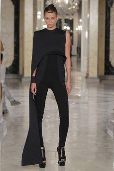 Martinez Lierah  Primavera -Verano 2013 Barcelona Fashion