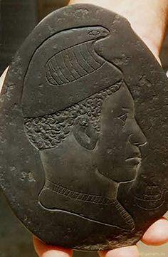 Ancient Alien Artifacts | Alien Artifacts In Lost Tomb Of Alexander The Great…