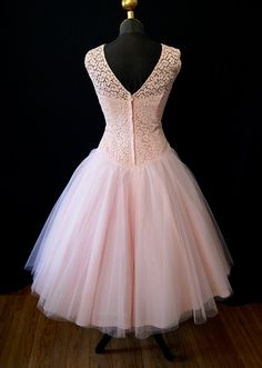 Stunning1950's Pink Tulle Lace vintage Party Prom by wearitagain