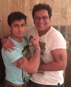 Sonu Nigam, Selfies, Singing, Superhero, Stars, Sterne, Star, Selfie