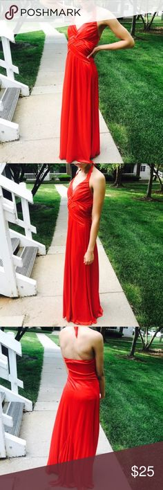 Red Gown Only worn once - just has a minor snag. Not noticeable. Size 5/6. B. Darlin Dresses