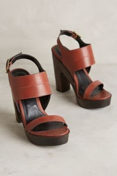 Pour La Victoire Saphira Slingbacks Brown Wedges #anthrofave