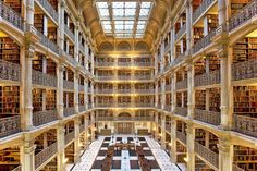 12 Stunning University Libraries Around the World You Need to See