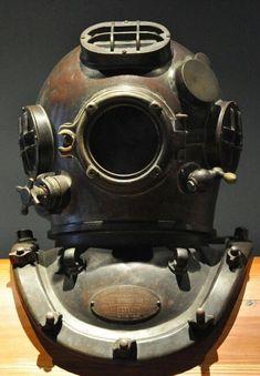 Old diving mask helmet 2 by Georgina-Gibson on DeviantArt Scuba Diving Equipment, Scuba Diving Gear, Diving Suit, Steampunk, Diving School, Diver Down, Deep Sea Diver, Dive Mask, Diving Helmet