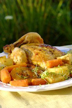 Lemon & Herb Roast with veggies, made in a Knorr Cook-in-Bag. Herb Roasted Chicken, Roast Chicken, Champion Chicken, Roasting Bags, Lemon Herb, Kitchen Inspiration, Kos, Brownies, Chicken Recipes
