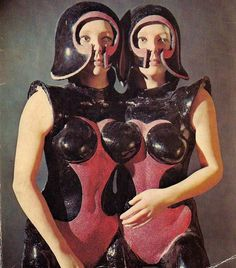 retro-futuristic, sci-fi girls