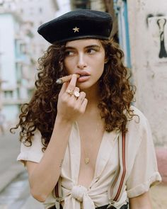 FINAL SALE Lightweight blouse with sewn rolled up sleeves, a rounded hem and a tie front. Cigars And Women, Women Smoking Cigars, Smoking Ladies, Cigar Smoking, Cuba Fashion, Look Fashion, Cigar Girl, Shy Girls, Girls Eyes