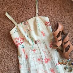 Ann Taylor linen 6petite dress Beautiful spring hues. Mint green linen with pale pink and teals. A spring staple! Ann Taylor Dresses Midi