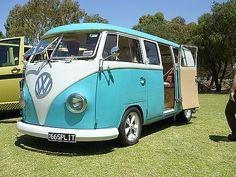 VW white turqouise