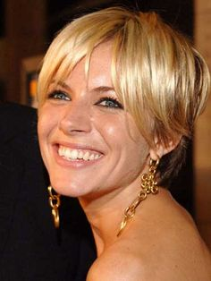 Sharon stone coupe courte shaggy and pierres on pinterest for Coupe de cheveux sharon stone 2012