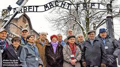 Vor 70 Jahren wurde das Konzentrationslager durch die Rote Armee befreit! Wir haben Auschwitz überlebt! BILD begleitete elf Überlebende bei der Rückkehr an den Ort des Grauens http://www.bild.de/politik/inland/auschwitz/wir-haben-auschwitz-ueberlebt-39507512.bild.html 70 Jahre Befreiung von Auschwitz – 12 Überlebende erzählen von der Hölle http://www.bild.de/video/clip/auschwitz/die-kinder-von-auschwitz-39425512.bild.html