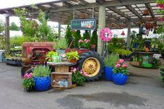 2015 Merchandiser of the Year Winner – Lawn & Garden Retailer Garden Shop, Lawn And Garden, Garden Art, Garden Beds, Merchandising Displays, Store Displays, Retail Displays, Garden Nursery, Plant Nursery