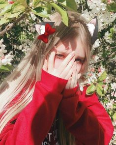 "Lil Lune ""Flowers in the Sun"" Pretty People, Beautiful People, Western Girl, European Girls, Uzzlang Girl, Foto Pose, Red Aesthetic, Kawaii Girl, Tumblr Girls"