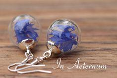 Echte Kornblumen Blüten Ohrringe silber von In Aeternum auf DaWanda.com