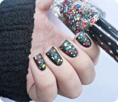 Missha Lucid Nail Polish Dazzling no.3 #glitter #black #nailart - bellashoot.com & bellashoot iPhone & iPad app