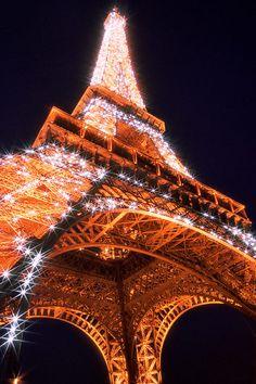 * Tour Eiffel * Nuit. # Paris, França.