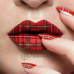 Cool plaid nails and lips Nice Lips, Lip Service, Lip Art, Lip Designs, Make Up Art, Oeuvre D'art, Best Makeup Products, Human Mouth, Halloween Face Makeup