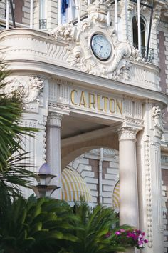 Join Strictly Weddings in the French Riviera for a Grace Kelly wedding inspiration shoot at the iconic Carlton Hotel in Cannes by photographer Nora Mancini! Cancun Hotels, Beach Hotels, Hotels And Resorts, Beach Resorts, Monaco, Spain Travel, France Travel, Mexico Travel, Grace Kelly Wedding