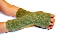 Green Knit Gloves Soft Knit Mittens Wool Mittens Fingerless #handmade #knit #mittens #gloves #greenery