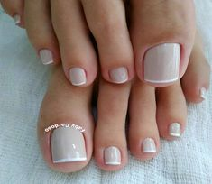 Ideas and Inspiration of decorated toenails, the best photos Pedicure En Gel, Polka Dot Pedicure, Pedicure Colors, French Pedicure, Nail Manicure, Nail Colors, Pedicure Ideas, Toenail Art Designs, Fingernail Designs
