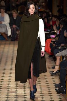 Runway: Hermes Fall 2013 RTW collection