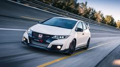 Honda Civic Type R / MEET THE 'KING OF THE 'RING' AT ITS CASTLE: HONDA HOSTS CIVIC TYPE R EVENT AT THE NURBURGRING