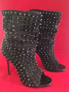 CHRISTIAN LOUBOUTIN GUERILLA SUEDE BLACK SPIKE SPIKES OPEN TOE BOOT BOOTIES 37.5 #ChristianLouboutin #FashionAnkle #Clubwear