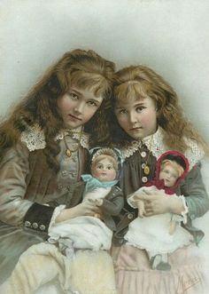 bumble button: Late Victorian Antique Photographs of Little Girls Lots of Lace plus Dolls