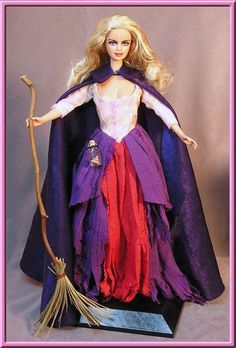Sarah Sanderson - Hocus Pocus want it! Best Halloween Movies, Halloween 2014, Halloween Birthday, Halloween Crafts, Halloween Decorations, Halloween Ideas, Hocus Pocus Halloween Costumes, Halloween Costume Patterns, Costume Ideas