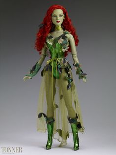 Poison-Ivy-Dressed-Tonner-Character-Figure-01