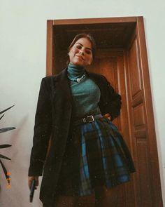 Sara Carvajal de Popa (@saracarvajaldepopa) • Instagram photos and videos Leather Skirt, Instagram, Photo And Video, Videos, Outfits, Photos, Fashion, Moda, Leather Skirts