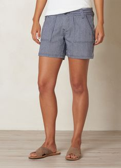 Discover our collection of casual shorts and workout shorts for women. Where fashion meets function, prAna women's shorts are built to last, wherever you go. Shop our shorts now. Outdoorsy Style, Outdoorsy Fashion, Plain Tops, Summer Shorts, Indigo, Organic Cotton, Casual Shorts, Dress Up, Cute Outfits