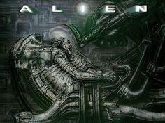 8. ALIEN, EL OCTAVO PASAJERO —simplemente Alien en su versión original— es una película estadounidense de ciencia ficción y terror dirigida por Ridley Scott y estrenada en 1979 [https://es.wikipedia.org/wiki/Alien,_el_octavo_pasajero]