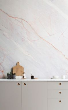 Pure Scandi manufacturer stunning Birch Ply doors and fronts, true to the purest Scandinavian ethos of light, clean lines, and beautiful materials. Layout Design, Küchen Design, Vintage Farmhouse, Kitchen Doors, Kitchen Units, Kitchen Ideas, Kitchen Walls, Kitchen Tile, Marble Effect Wallpaper