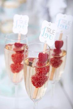 Champagne framboise mariage