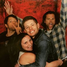 Yep. This happened. This is what happens when you ask Jared and Misha to photo bomb you and Jensen while you and Jensen hug and give cheesy grins!<<awesome